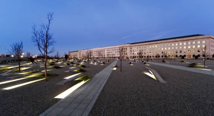 9/11 Pentagon Memorial. Photo: Valerio Santarelli