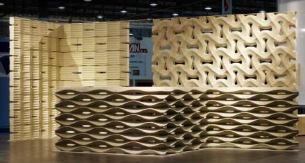 El diseñador Raffaello Galiotto mostró en Marmomacc paredes de piezas prefabricadas que ha desarrollado para Lithos Design.