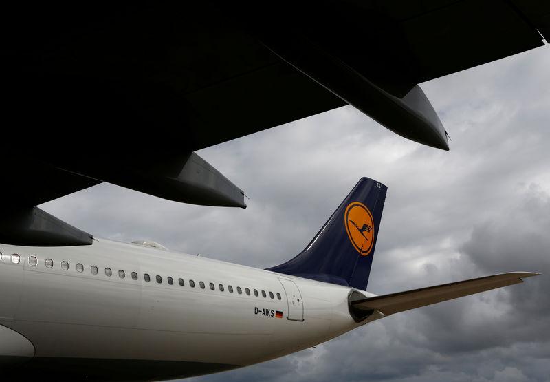 © Reuters. FILE PHOTO: A Lufthansa Airbus A330-300 aircraft is brought into a maintenance hangar at Lufthansa Technik Malta at Malta International Airport outside Luqa