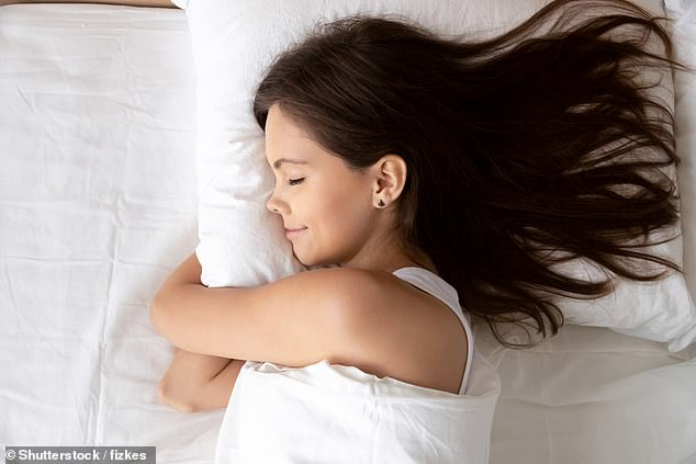 Dr Rebecca Robbins, who led the study from New York University School of Medicine, said: ¿We have extensive evidence to show that sleeping five hours a night or less consistently increases your risk greatly for adverse health consequences'