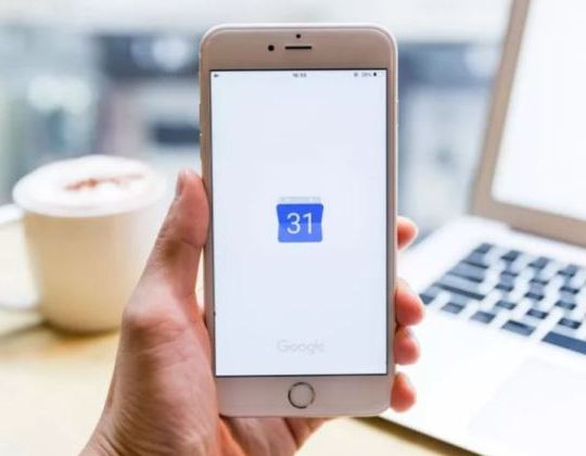 Google calendar has been hit with an outage (Getty)