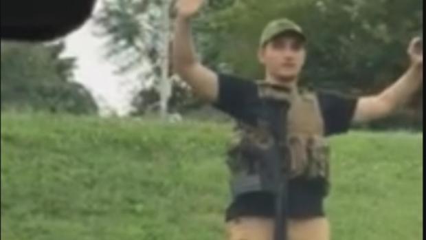 [NATL] Man With Guns and Body Armor Sparks Panic at Missouri Walmart