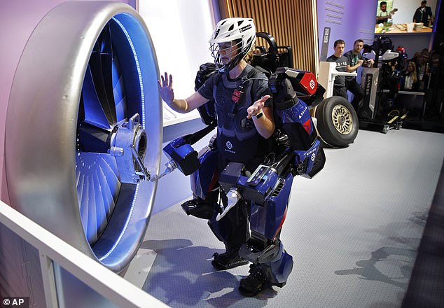 Wearers of the suit are able to use their hands while operating the device, meaning they can carry out both heavy duty and fine-motor tasks simultaneously