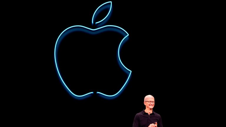 Apple CEO Tim Cook presents the keynote address during Apple's Worldwide Developer Conference (WWDC) in San Jose, California on June 3, 2019. (Photo by Brittany Hosea-Small / AFP)        (Photo credit should read BRITTANY HOSEA-SMALL/AFP via Getty Images)