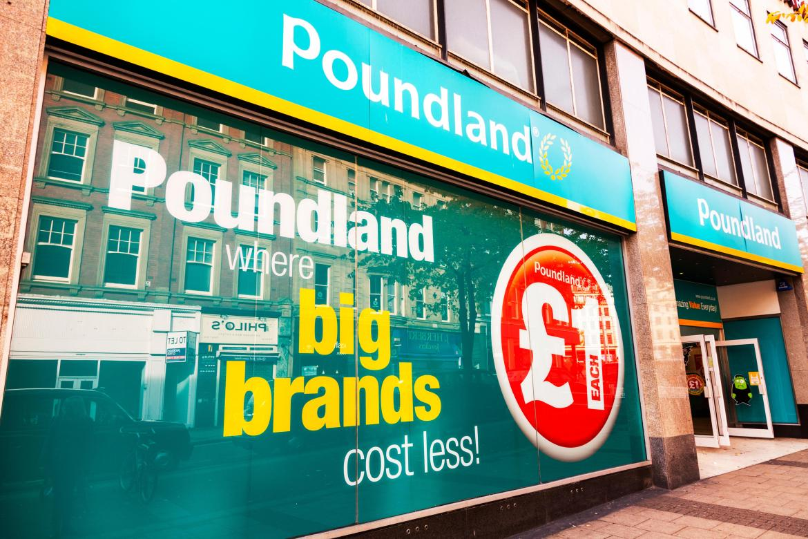 Poundland is to reward hardworking staff with an extra week of annual leave