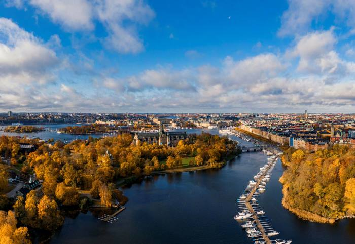A drop in GDP, more unemployment and the rise in Covid-19 cases could initiate a slowdown in Stockholm's housing market