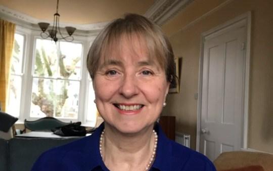 Dr Lousie Irvine