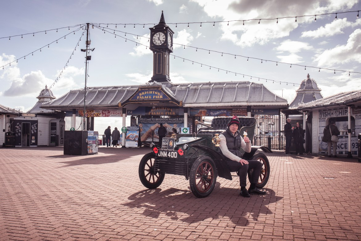 Only cars built before 1905 can enter the run