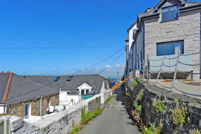 This two-bed beachside flat in St Ives is sure to put a smile on your face