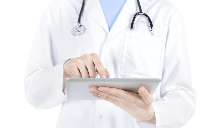 doctor healthcare BYOD tablet IT.jpg
