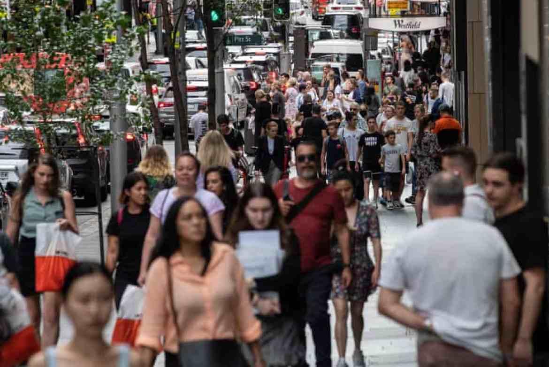 Crowds of shoppers on Market Street, Sydney, Australia.