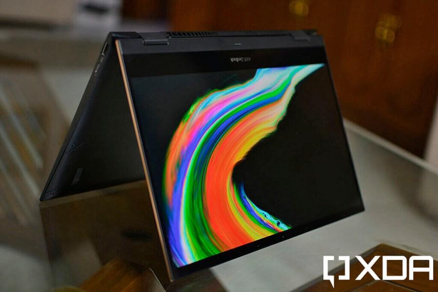 ASUS ZenBook Flip S OLED display