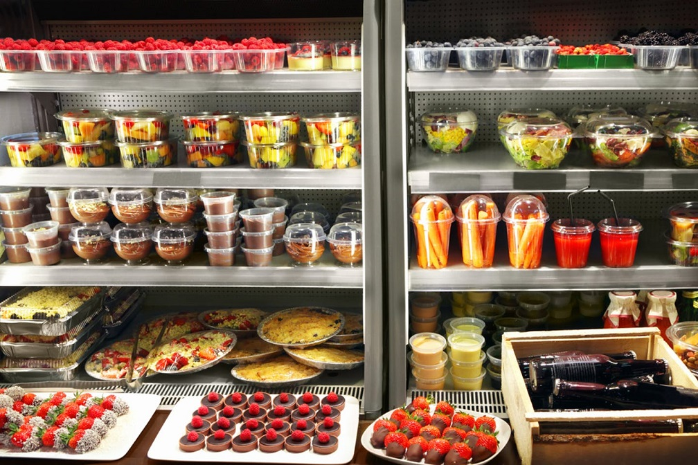 The Food Industry: How to Grab the Attention of Customers through Packaging