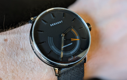 The Sequent SuperCharger2 has an analogue face with a single dial at the bottom that measures your activity level (Metro.co.uk)