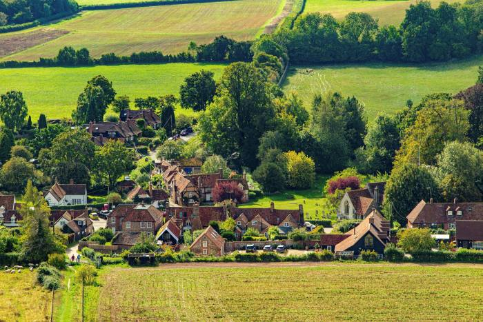 Turville's English-village atmosphere has made it a popular location for films and television programmes including The Vicar of Dibley and Midsomer Murders