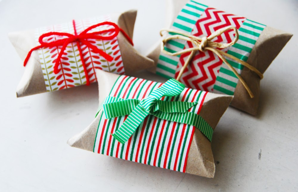 Reasons Why Pillow Boxes are the Ideal Packaging Solution