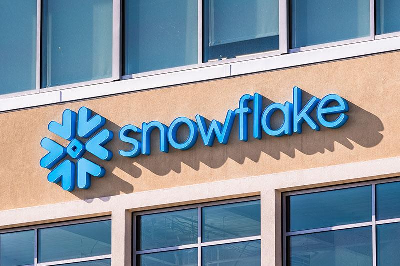 Snowflake Gains As Rosenblatt Upgrades Citing Multiple Tailwinds
