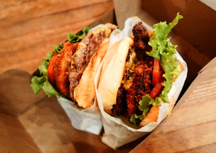 indulge like a food in NYC - what to eat in New York shake shack