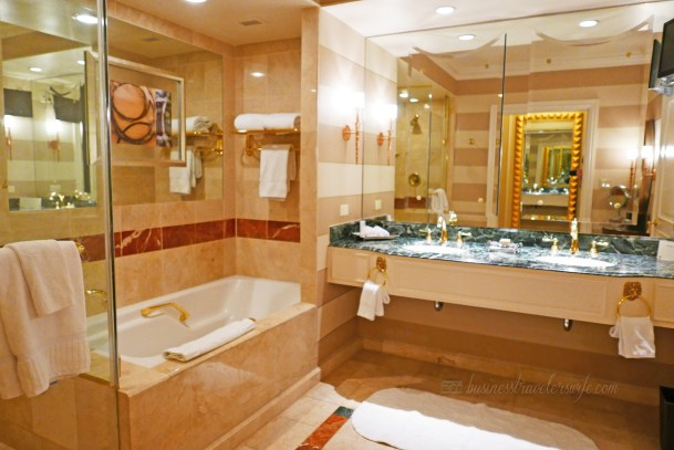 Hotel Review: The Venetian Las Vegas Bella Suite Bathroom