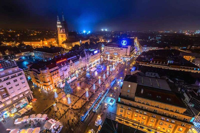 10 Must-Visit Christmas Markets Around the World for Foodies Zagreb Croatia Advent