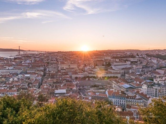 15 Travel Tips for Your First Trip to Lisbon Portugal Castelo De Sao Jorge Sunset Views-6
