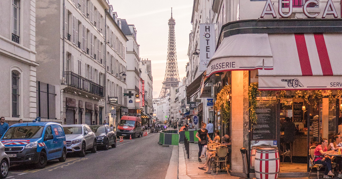 Where to Stay in Paris: 5-Star Hotel and Affordable Accommodations
