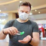 Schiphol Group bestelt mondkapjes voor gebruik op luchthavens