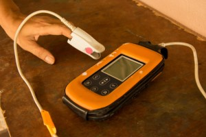 test oxygen levels at home