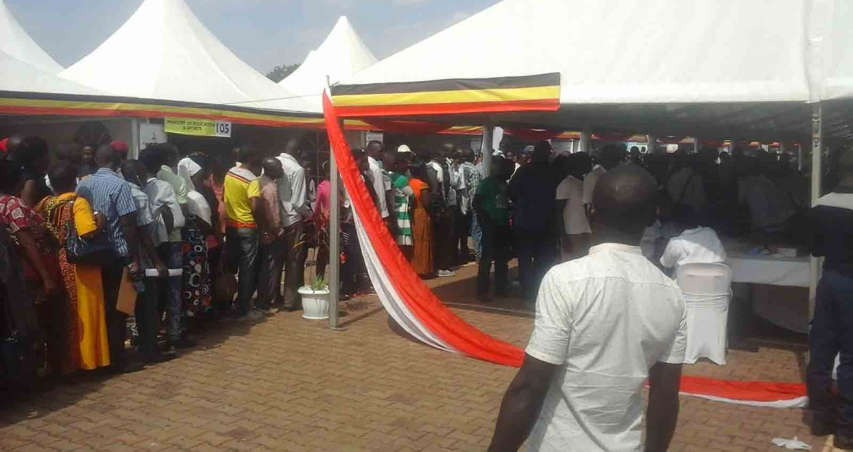 Thousands of Ugandans at Kololo for free medical services