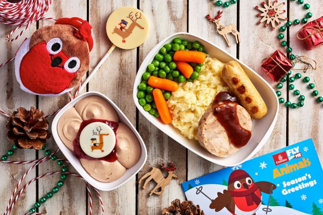 In Economy Class, children will feel at home with a delicious turkey roll with trimmings, milk chocolate mousse served with cranberry compote topped with the reindeer chocolate button