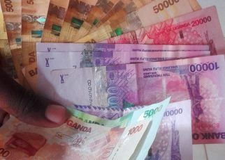 The Uganda Shilling eased against its foreign counterpart on Thursday as petite volumes in the forex market limited any movements in the currency duo.