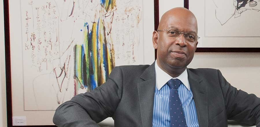 Safaricom Kenya Chairman Nicholas Nganga has this morning announced the passing away of the company Chief Executive Officer Bob Collymore.