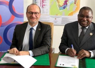 The French Development Agency (AFD) - represented by its CEO Rémy Rioux - and the Commission of African Union - represented by Albert Muchanga, Commissioner for Trade and Industry have signed their first Memorandum of Understanding worth EUr 1.5 million.