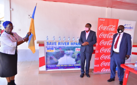 Coca-Cola Beverages Africa in Uganda represented by Plastic Recycling industries under Rwenzori Bottling Company, this week signed a conservation partnership with the Tooro Kingdom to 'Save River Mpanga'.