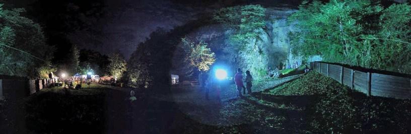 Ingresso illuminato festa GSM 2004 (foto Giorgio Marchetto)