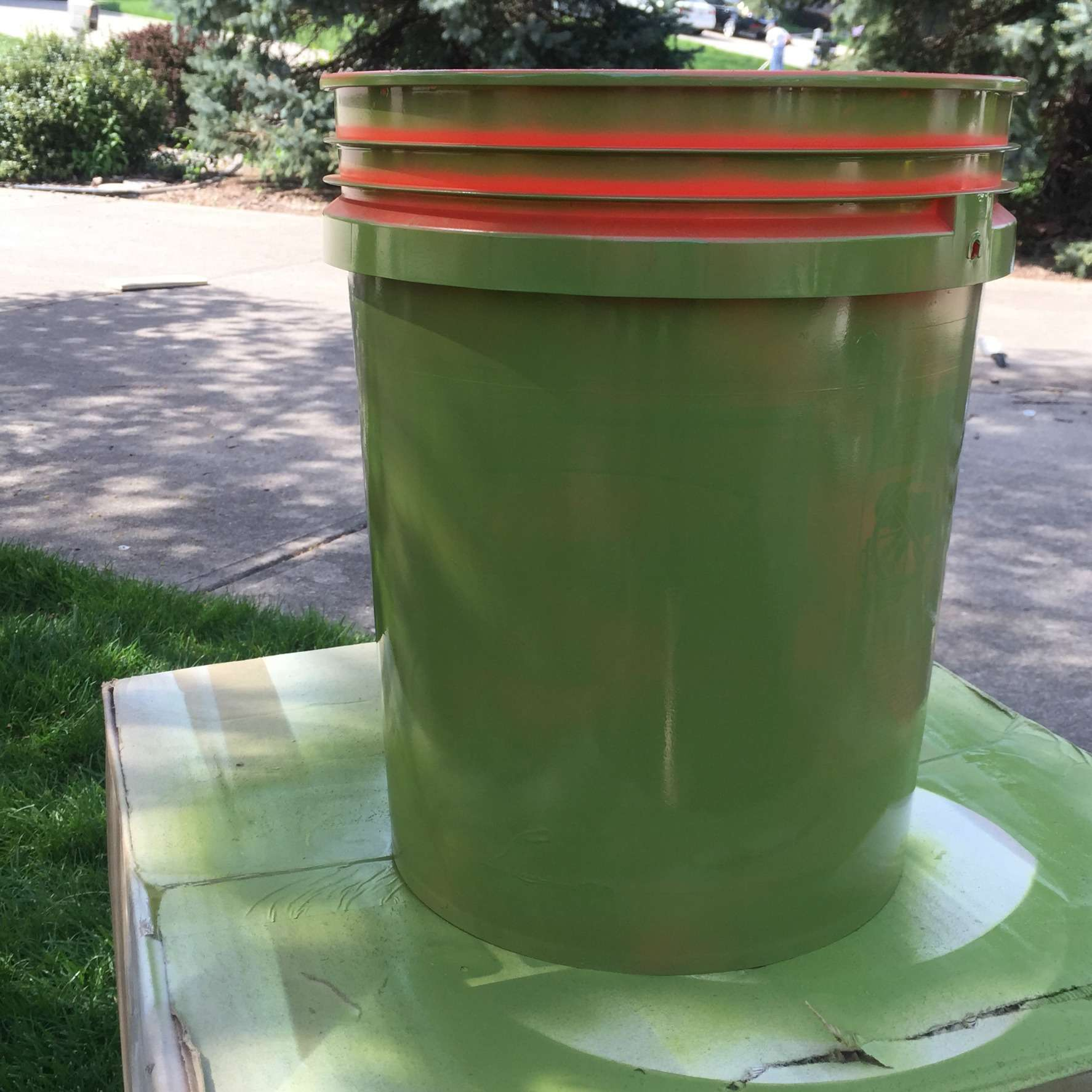Diy tomato planters from 5 gallon buckets busy bliss for 5 gallon bucket of paint price