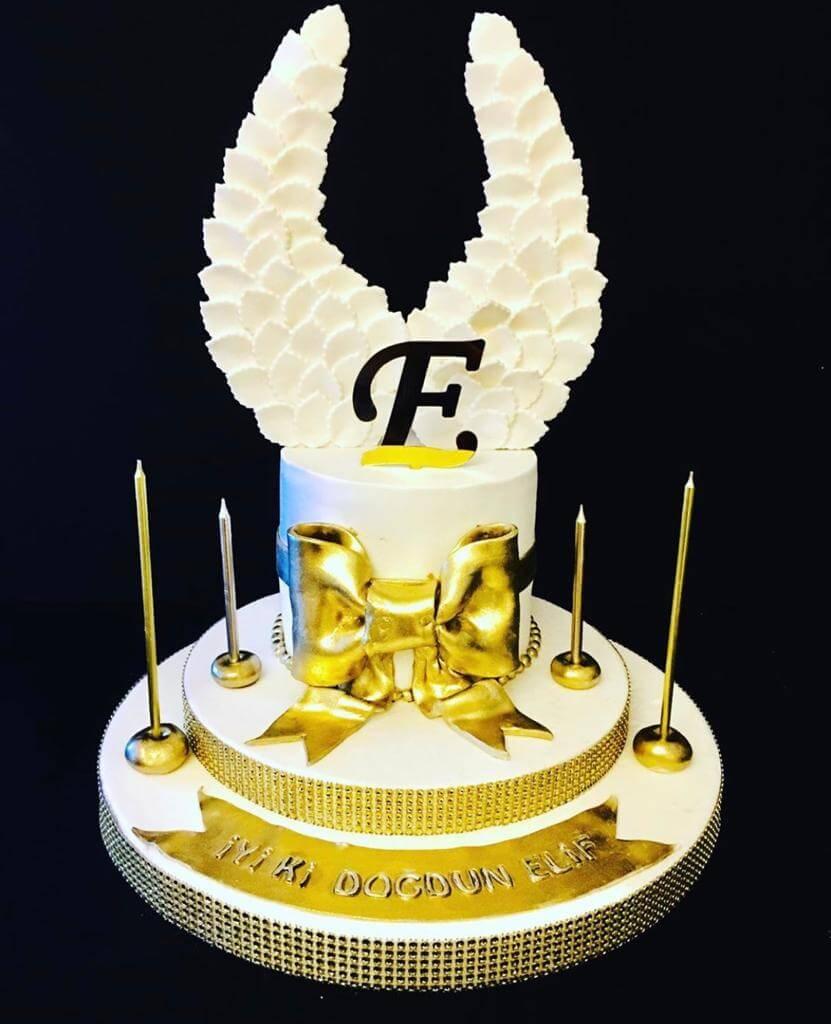 kanatlı pasta