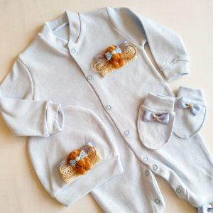 Erkek Bebek Kral Taç Süslemeli Hastane Çıkışı 1 3 ay 04 - Sevimli Ayıcık Süslemeli Yenidoğan Hastane Çıkışı 0-1 Ay