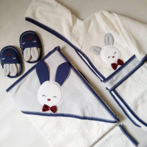 Gaye Bebe Erkek Bebek Tavşanlı Bornoz Seti mavi Kopya 02 scaled - Gaye Bebe Erkek Bebek Tavşanlı Bornoz Seti - Lacivert