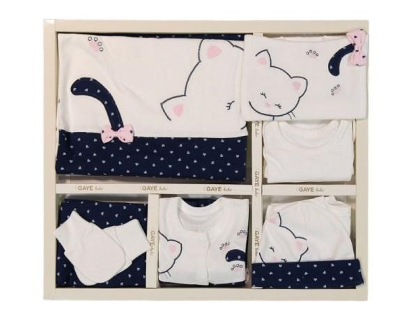 Gaye Bebe Kuş Kafesi Kanaviçe Süslemeli 10lu Hastane Çıkışı Pembe Kopya 01 - Gaye Bebe Kız Bebek Kedili 10'lu Hastane Çıkışı - Lacivert