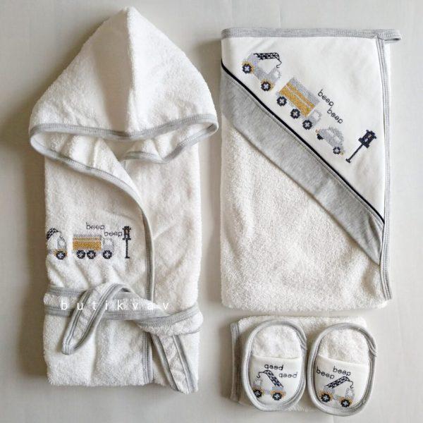 erkek bebek vinc kamyon islemeli bornoz seti 01 scaled - Erkek Bebek Vinç Kamyon İşlemeli Bornoz Seti