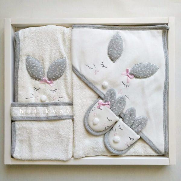 gaye bebe kiz bebek tavsan kulak bornoz seti 02 scaled - Gaye Bebe Kız Bebek Tavşan Kulak Bornoz Seti
