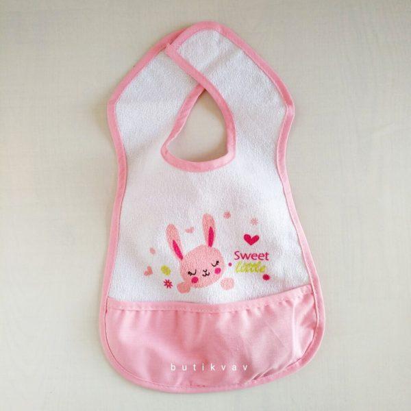 ses cikaran duduklu bebek onlugu fusya kopya 01 scaled - Ses Çıkaran Düdüklü Bebek Önlüğü - Pembe