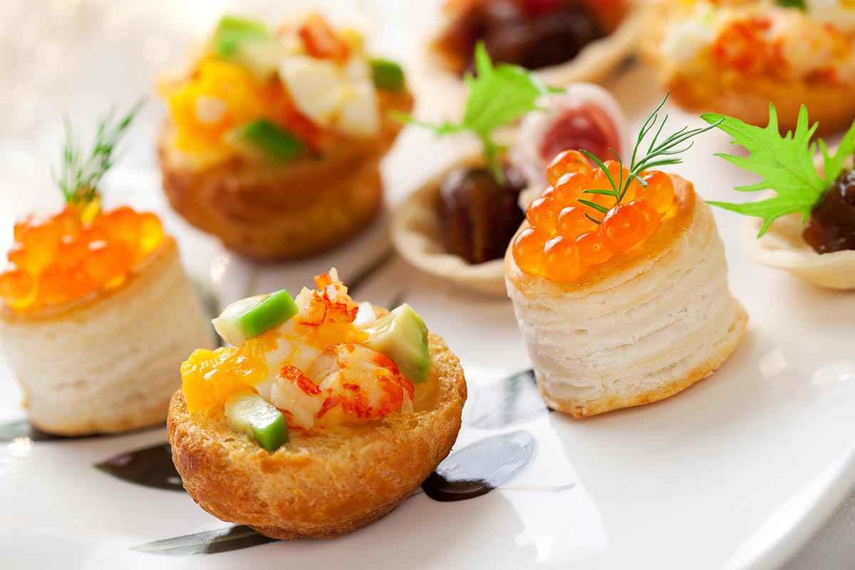Gli antipasti sono una componente importante della tavola di natale: Antipasti Natalizi Eleganti 15 Ricette Facili E Chic Buttalapasta