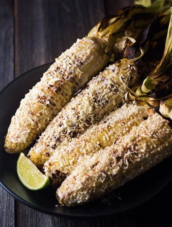 Street Corn - This street corn is full of yummy flavors, mayo, lime, cheese, and to give it a kick some cayenne pepper. Better than the street vendors. | butterandthings.com