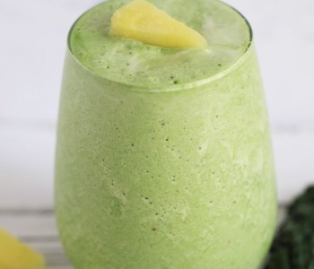 Kale-Pineapple-Apple-Smoothie