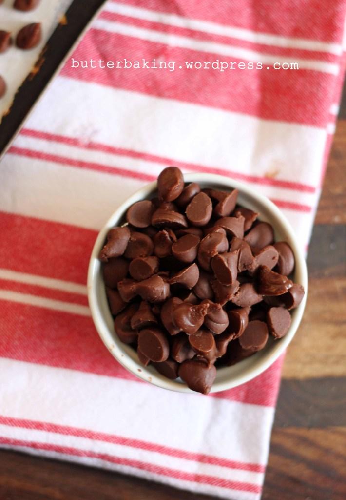 Homemade Nutella Chips   http://homemaderecipes.com/entertaining/14-nutella-recipes/