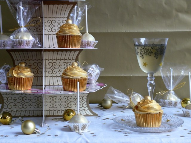 Golden White Chocolate Cupcakes 5