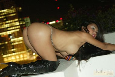 ooh girl hot