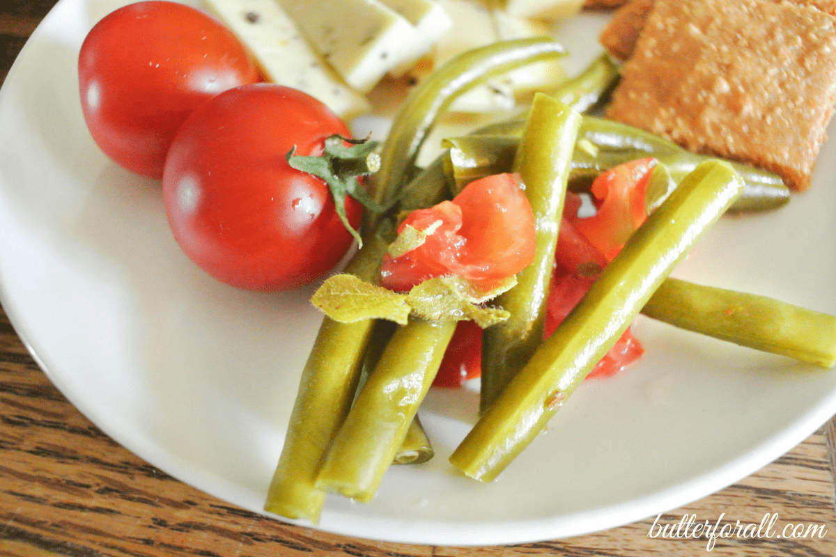 Fermented Pizza Green Beans – A Traditionally Fermented Foods Book Review And Recipe